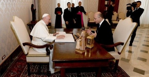 President Barham Salih invites Pope Francis to Iraq while at Vatican