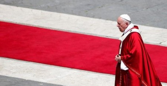 Francis wants first papal visit to Iraq
