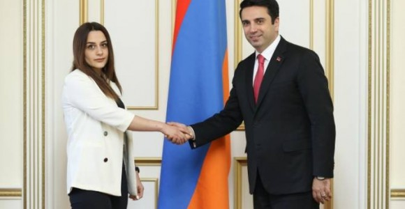 President of the National Assembly meets with MP representing Assyrian community in Armenia